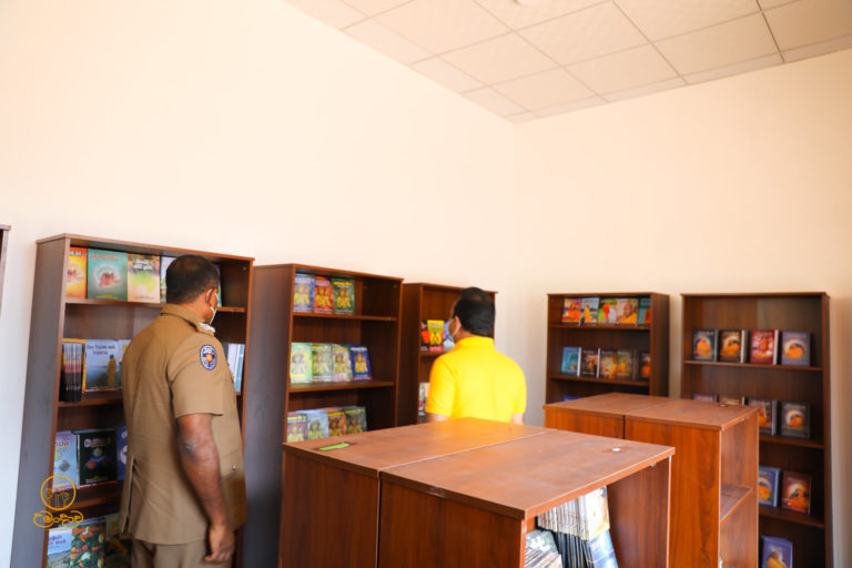 Books and CDs of Siri Samanthabadra Thero are available for you to buy